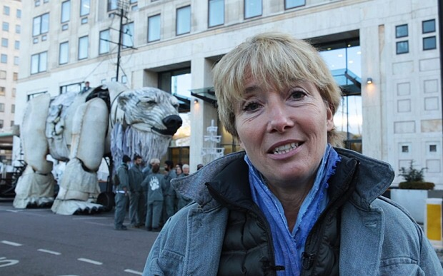 Emma Thompson joins Arctic drilling protest against Shell in London